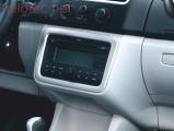 Rámeček středové konzole kolem rádia,Škoda Roomster Facelift od r.v. 2010–›